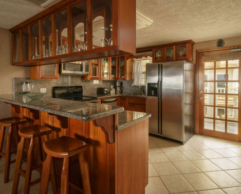 Pelican Reef Villas Kitchen